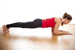 plank esercizi forza e core da fare a casa